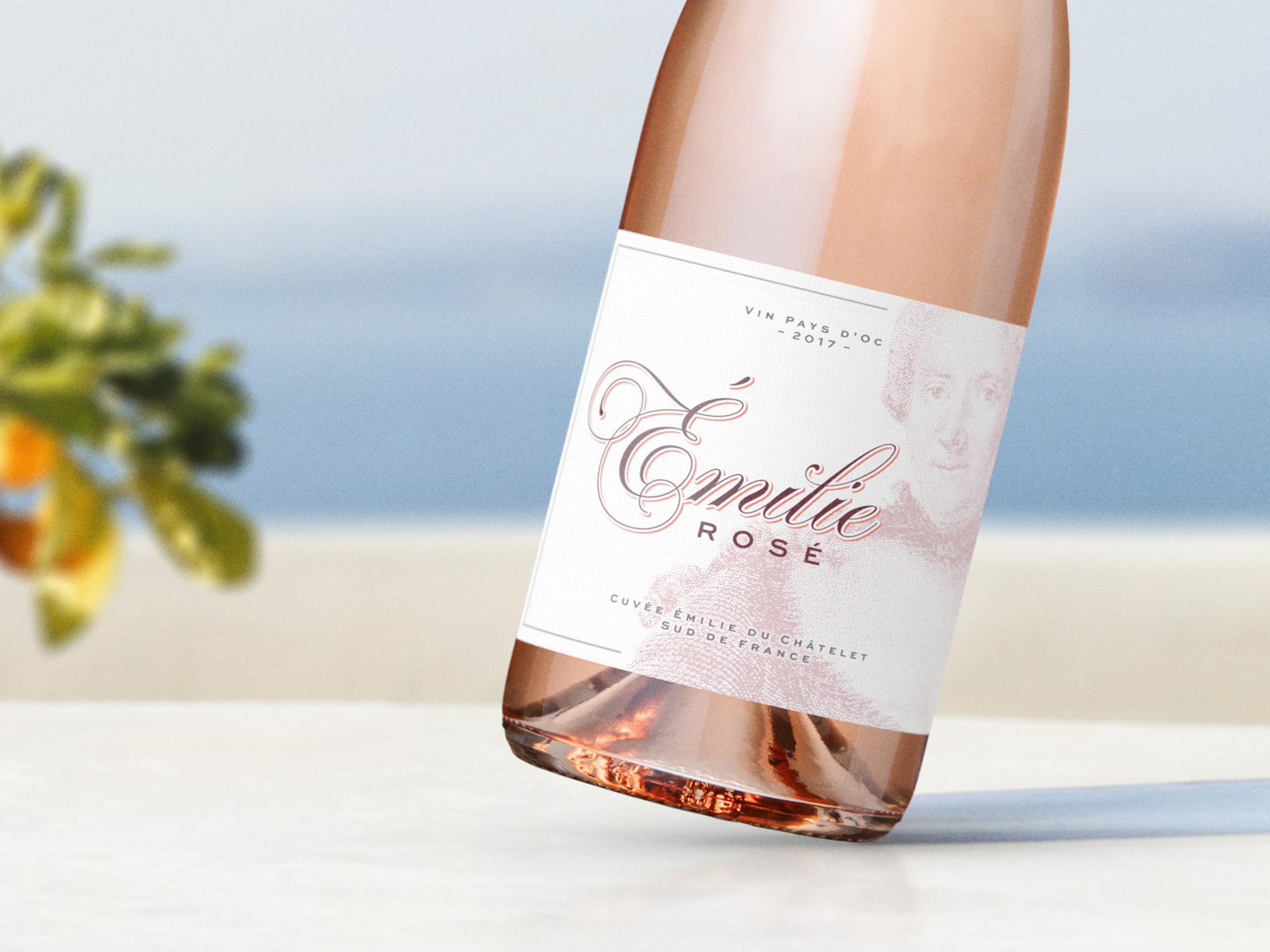 Émilie Rosé Wine Closeup